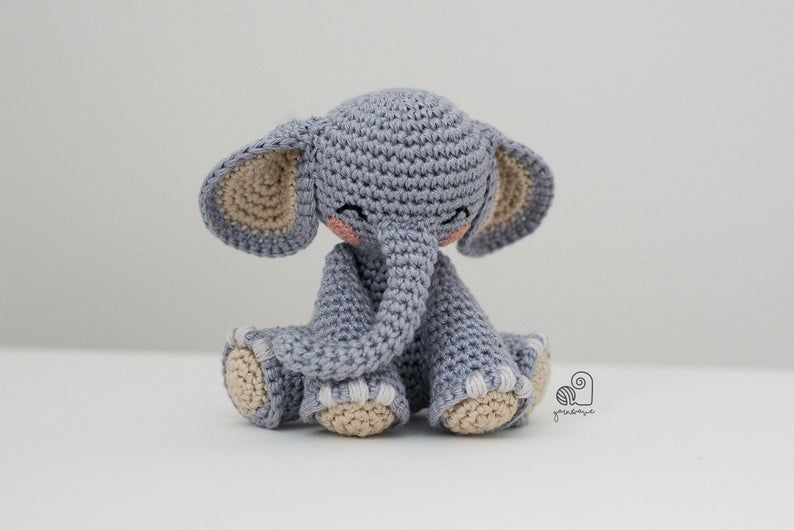 CROCHET PATTERN Joe the Elephant crochet amigurumi stuffed safari animal plush toy / Handmade gift