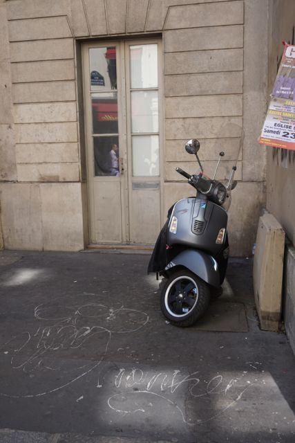 #vespa, Paris.