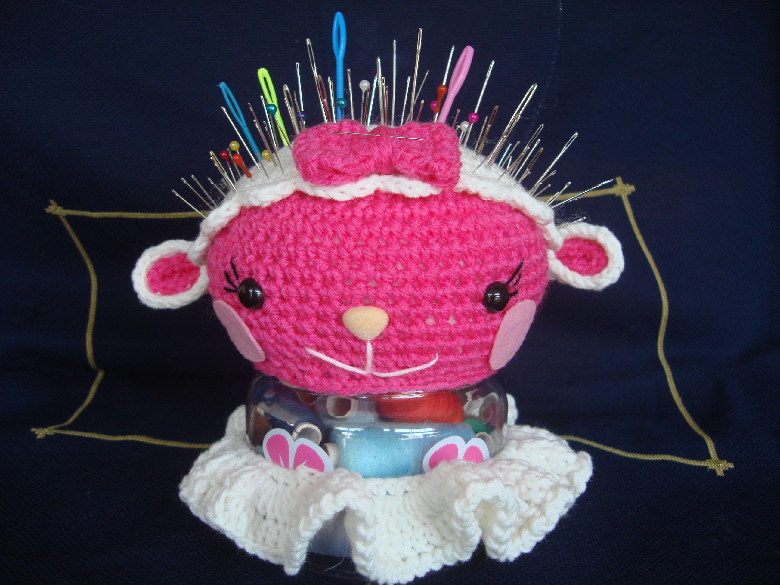 Amigurumilacion : Alfiletero ovejita. http: amigurumilacion.blogspot.com.es