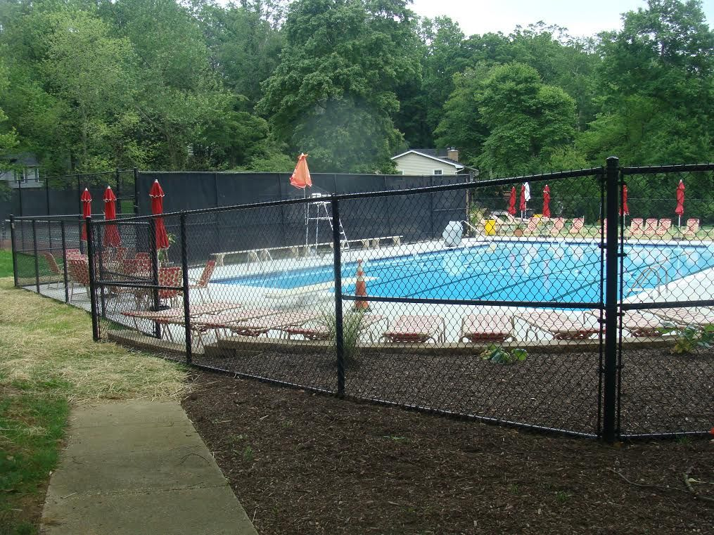Black Chain Link Fence Around Community Pool Black Chain Link Fence Community Pool Pool Fence