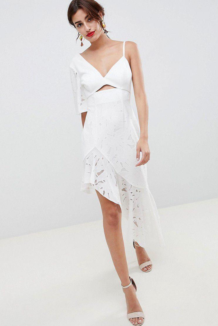 best dresses to wear under graduation gown