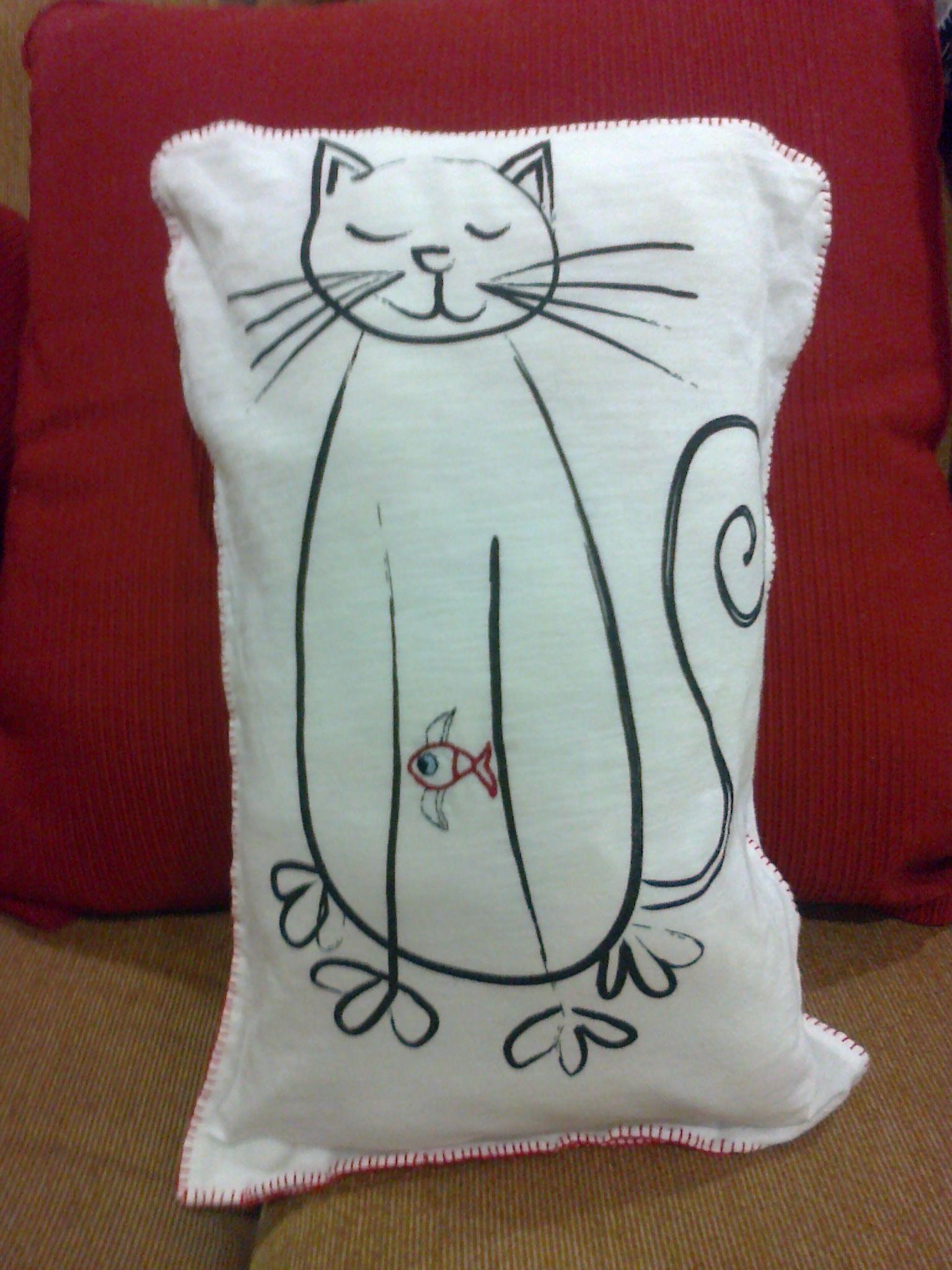 Gato, cojín: Cojín suave para alérgicos y niños, presenta un gato ...