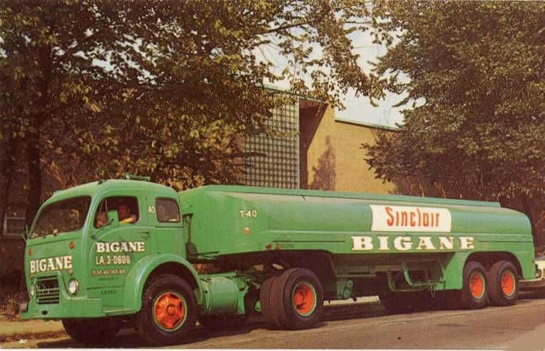 Sinclair Fuel Tanker Truck Bigane 3596 Archer Ave 1950s