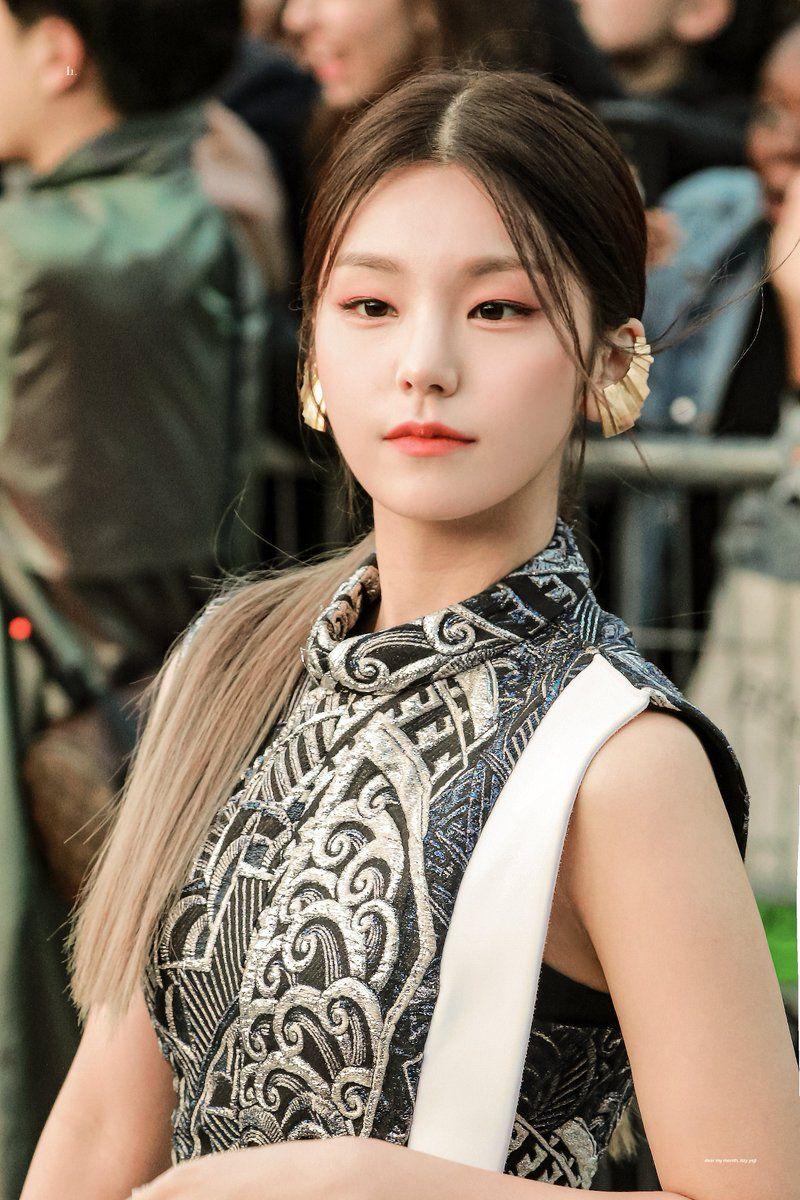 Lu On Twitter In 2020 Itzy Kpop Girls Kpop Girl Groups