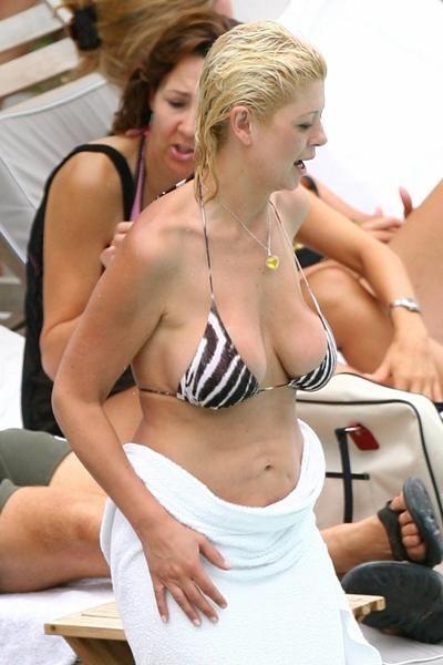 Tara reid uglly boobs