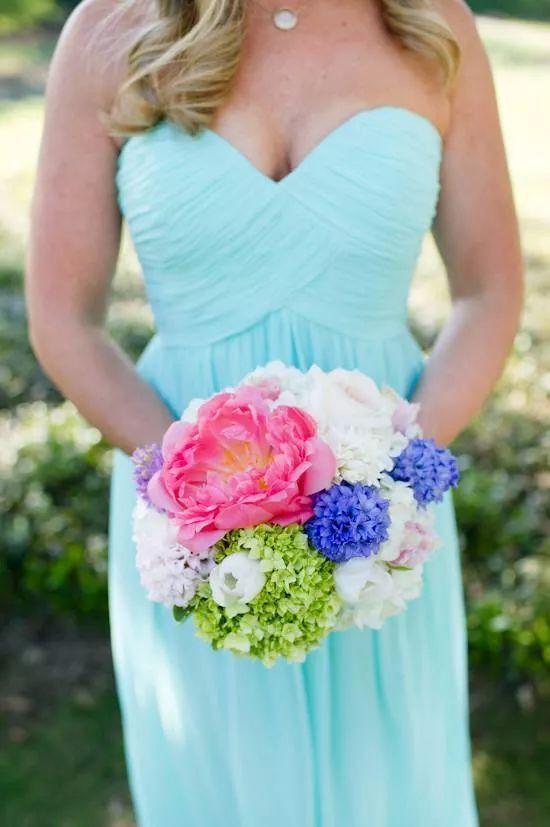#bridesmaids #smithtownlandingcountryclub #lessingsweddings