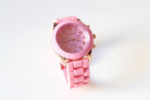 Ecléctica - Tienda online de complementos de moda de diseño propio: Reloj Rosa. Ref: RLJ-003