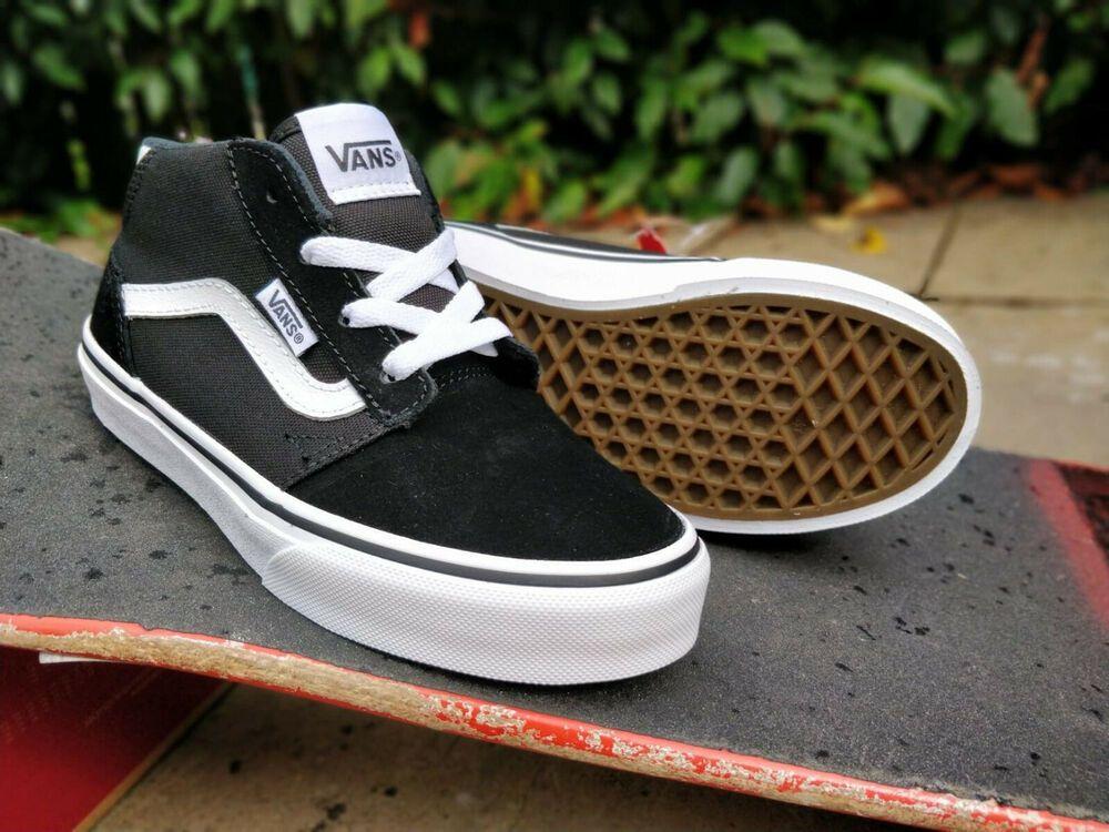 Womens sneakers, Vans girls