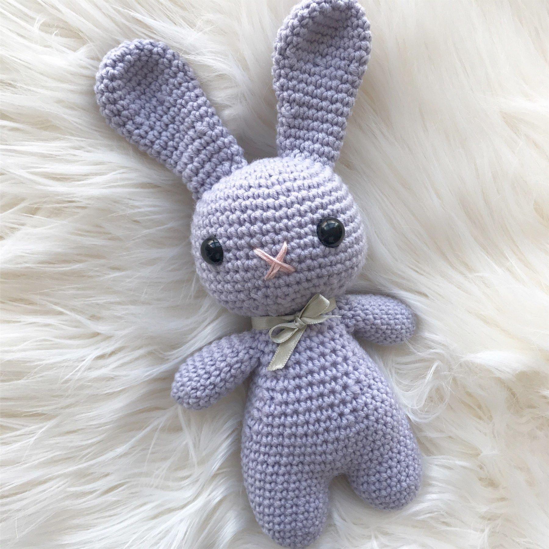 Welcome to my free Easter Bunny pattern! This patt… | Crochet ...