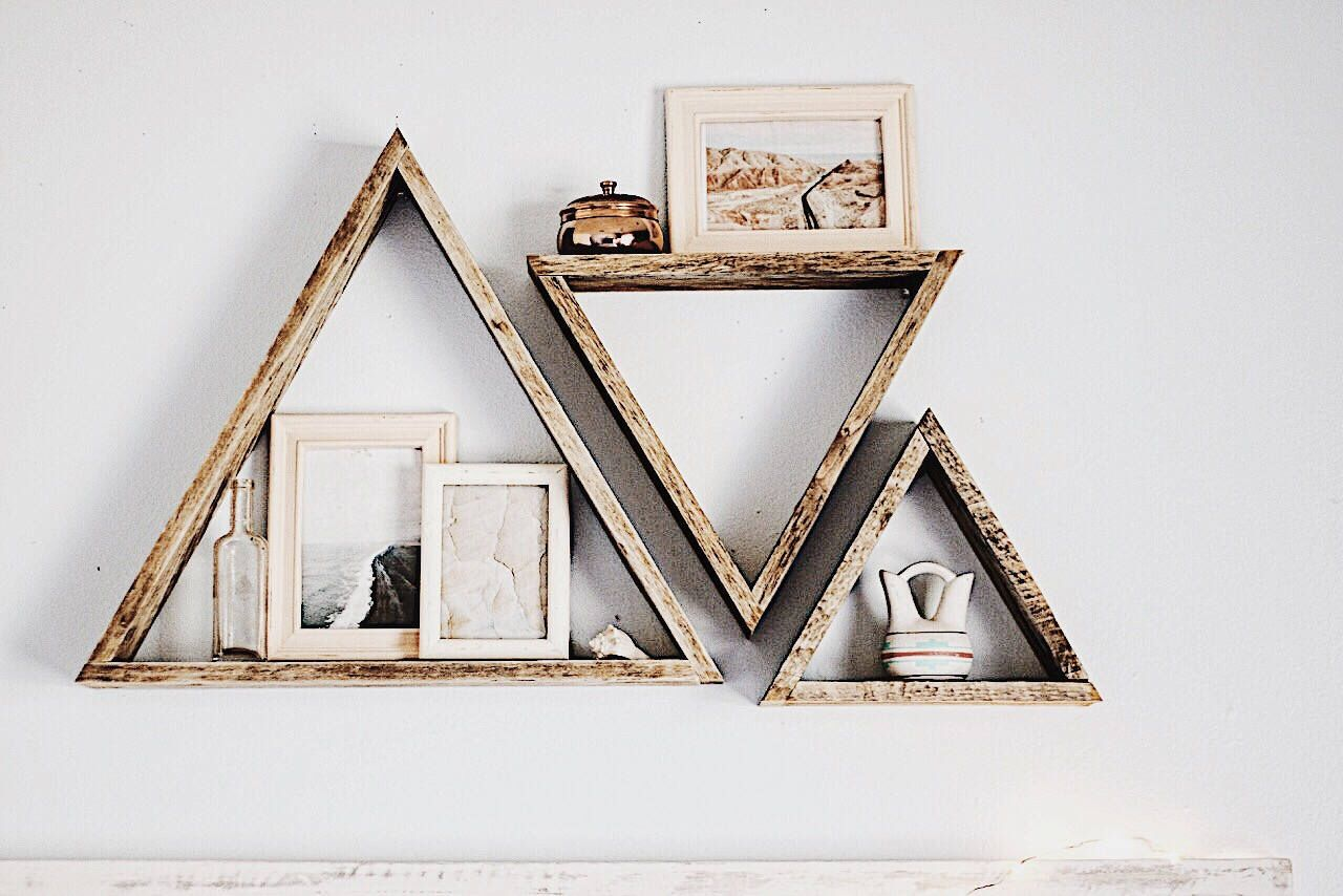 Set of 3 Triangle Shelves, Reclaimed Wood Triangle Shelf, Pallet Wood Shelf, Geometric Shelf, Pallet Wood Art, Pallet Art, Wall Art by FernwehReclaimedWood on Etsy https://www.etsy.com/listing/509347108/set-of-3-triangle-shelves-reclaimed-wood