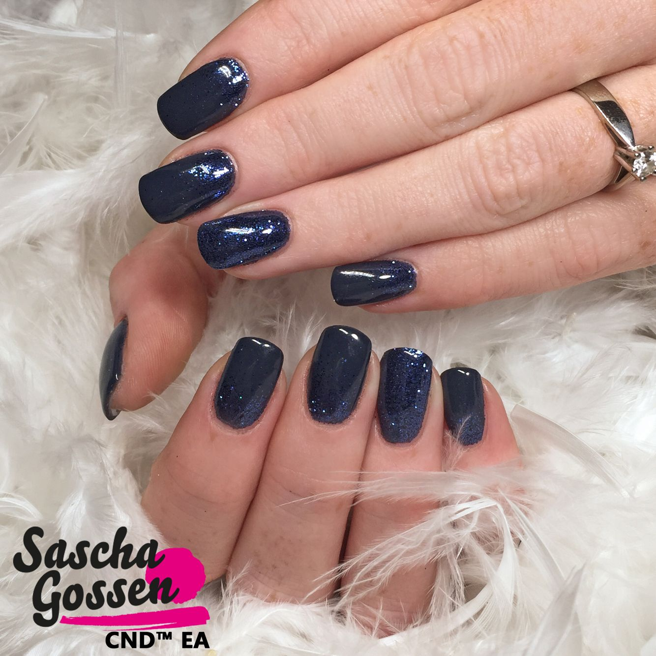 Just the beautiful color Indigo Frock with Lecenté glitters. #CND #cndea #colors #cndworld #cndshellac #cndgowithapro #Lecenté #glitter #nails #nailart #style #SHELLAC #nailart #nailpro #nails2inspire #instanails #inspiration #nailstagram @cndworld @laprofilique @lovelecente