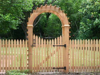 17 Best 1000 images about Garden gates benches on Pinterest Gardens