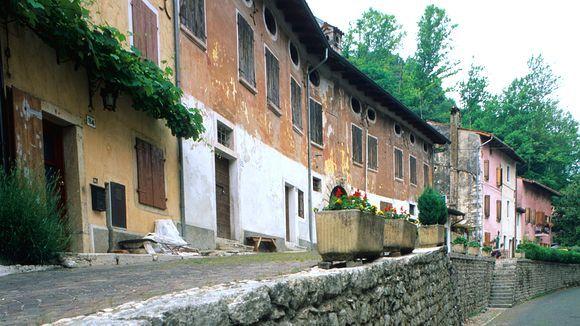 Albergo Diffuso nennt sich das Konzept – ein Hotel, das über das ganze Dorf verstreut ist.