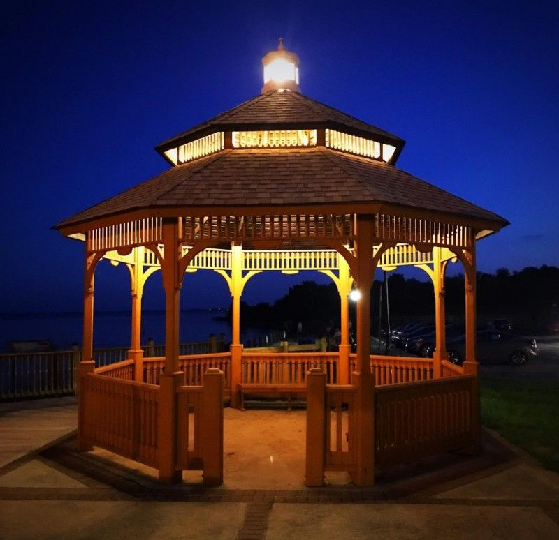 Patio Lights For Gazebo: Traditional Wooden Gazebo With Simple Lights On Top Of The