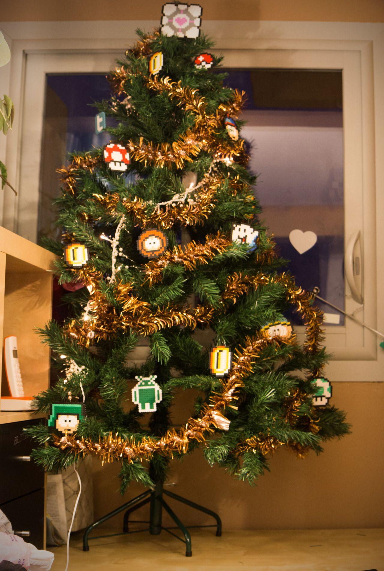 geek Christmas tree