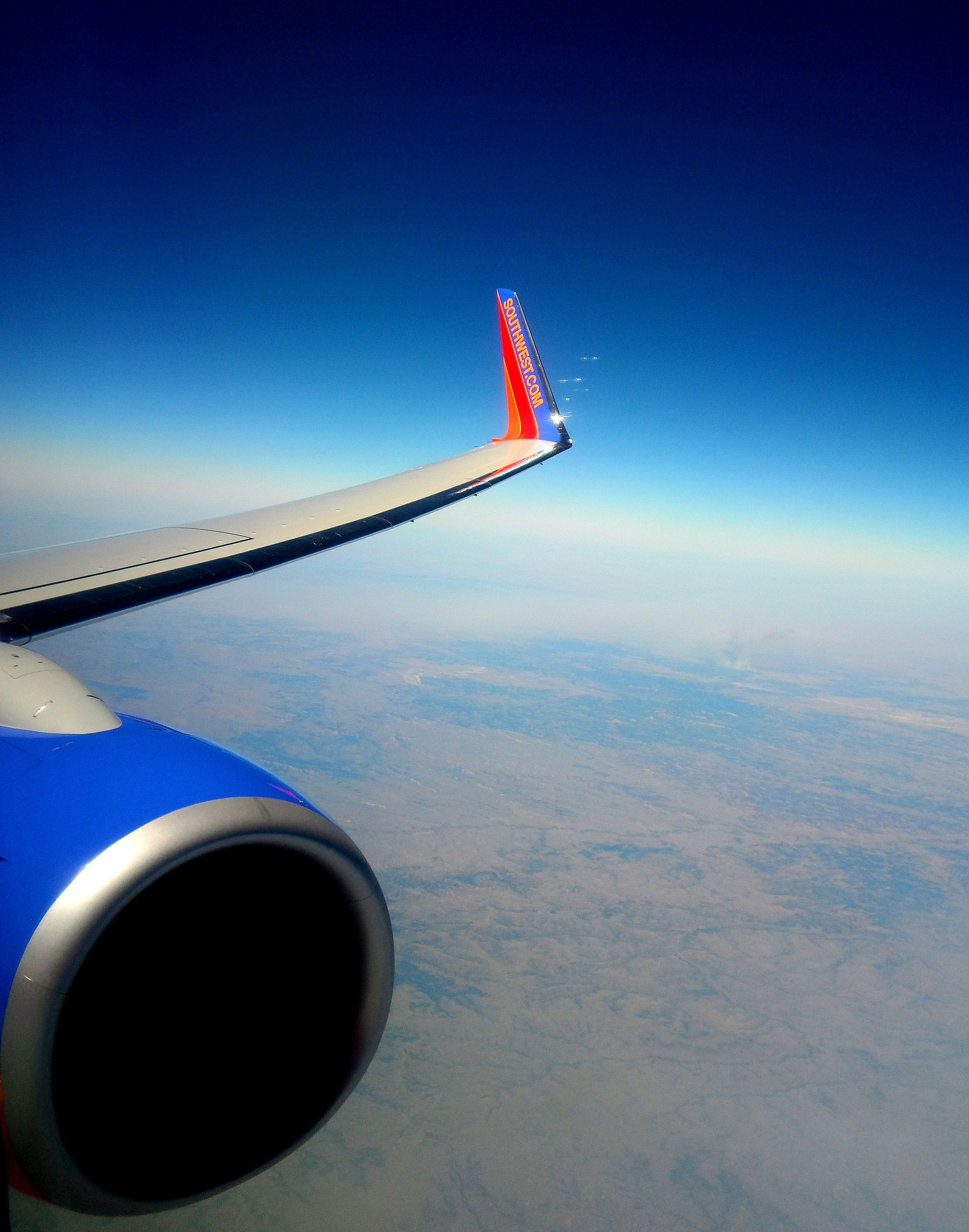 Southwest Airlines Boeing 737 800 Wing Shot Somewhere Over Montana Southwest Airlines Air New Zealand Airplane Art