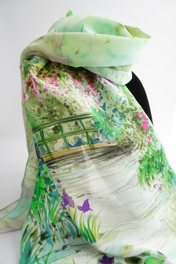 0e4be0e89186 Echarpe foulard en crêpe de Soie peint main Le Jardin   mom   Silk ...