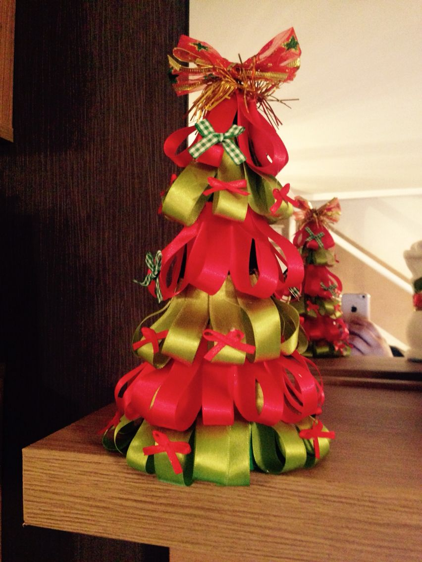Árvore de Natal com cone de isopor e fitas! ⛄️
