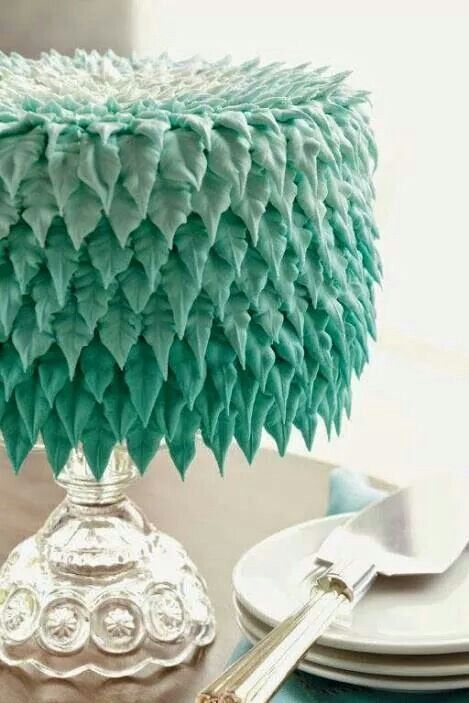 Cake Decorating Leaf Tips : Leaf tip - buttercream cake Buttercream cakes Pinterest Cake, Cake piping and Fondant toppers