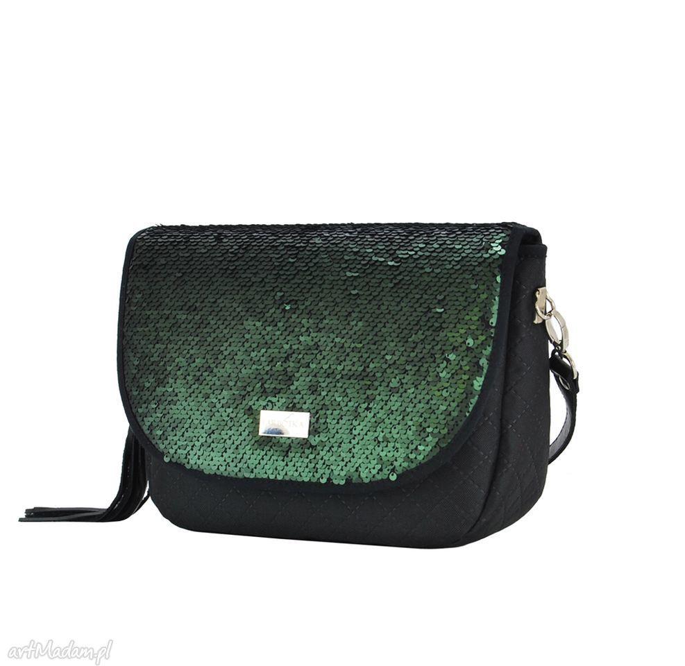 867ffce5966c4 Elegancka torebka stworzona z myślą o kobietach ceniących klasę i komfort.  Przy tworzeniu serii postawiłam nie tylko na piękny wygląd
