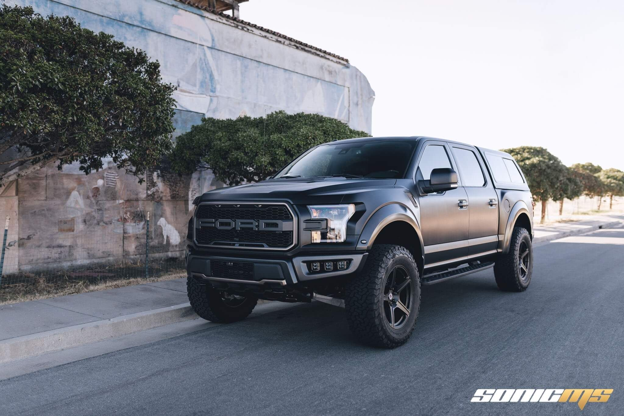 Ford F 150 Raptor With Tr105 In Satin Black Hre Performance Wheels Ford Raptor Ford F150 Black Ford Raptor