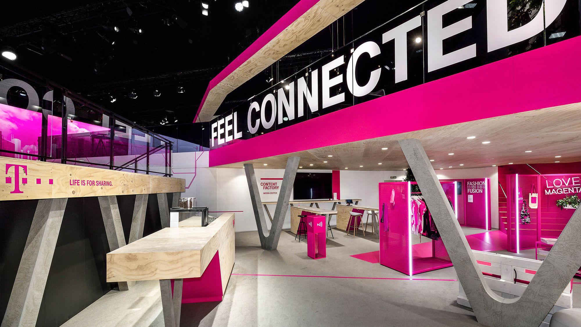 Deutsche Telekom MWC 2017 (With images) Exhibit design
