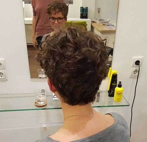 20 Cute and Pretty Curly Short Hairstyles | Curly hair ...