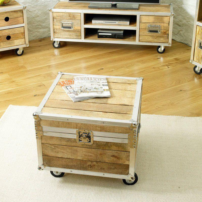 Roadie Chic Reclaimed Wood Coffee Trunk - - Coffee Table - Baumhaus