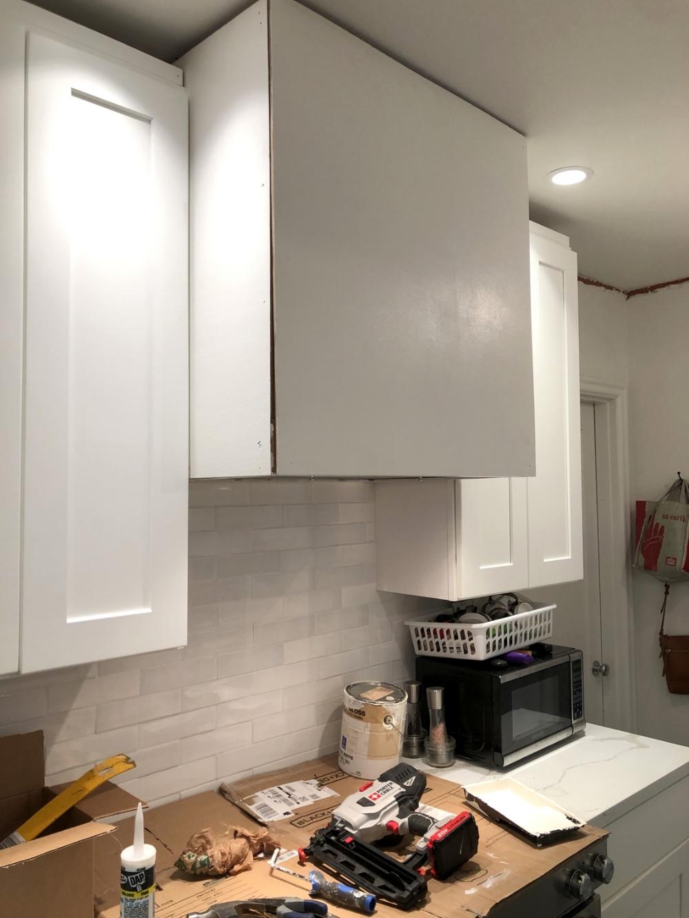 Diy Custom Straight Sided Vent Hood With Zephyr Insert In 2020 Kitchen Vent Hood Vent Hood Kitchen Vent