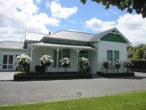 Thyme Out Estate Feilding Situated in Halcombe in the Manawatu Region, 11 km from RNZAF Base Ohakea, Thyme Out Estate features a sun terrace and fitness centre. Free WiFi is available throughout the property and free private parking is available on site.