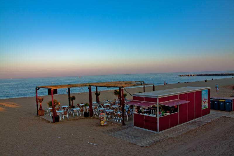 Instead Of Choosing The Very Touristy Barceloneta Beach Try Playa