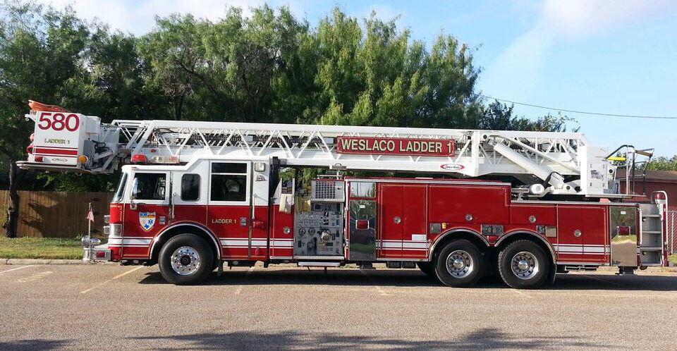 Weslaco Fire Department Ladder 1 Fire Trucks Fire Dept Fire Engine