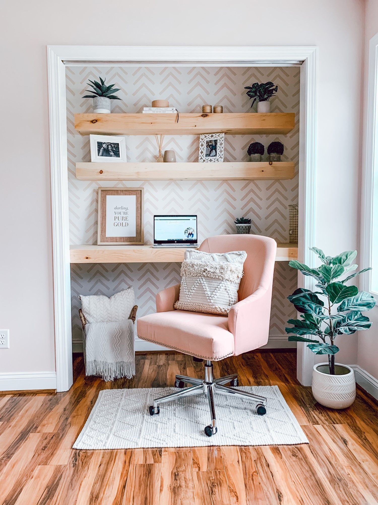 """Meet the """"Cloffice"""" A closet turned into an Office. in"""