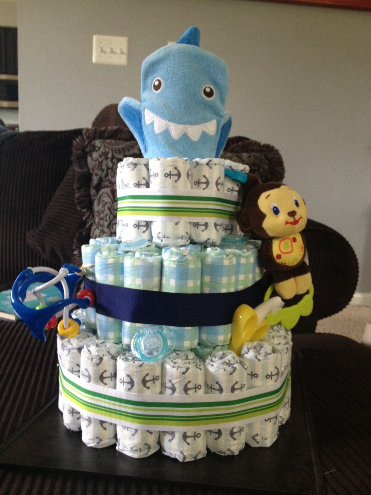 DIY Diaper Cake Tutorial with Honest Company Diapers