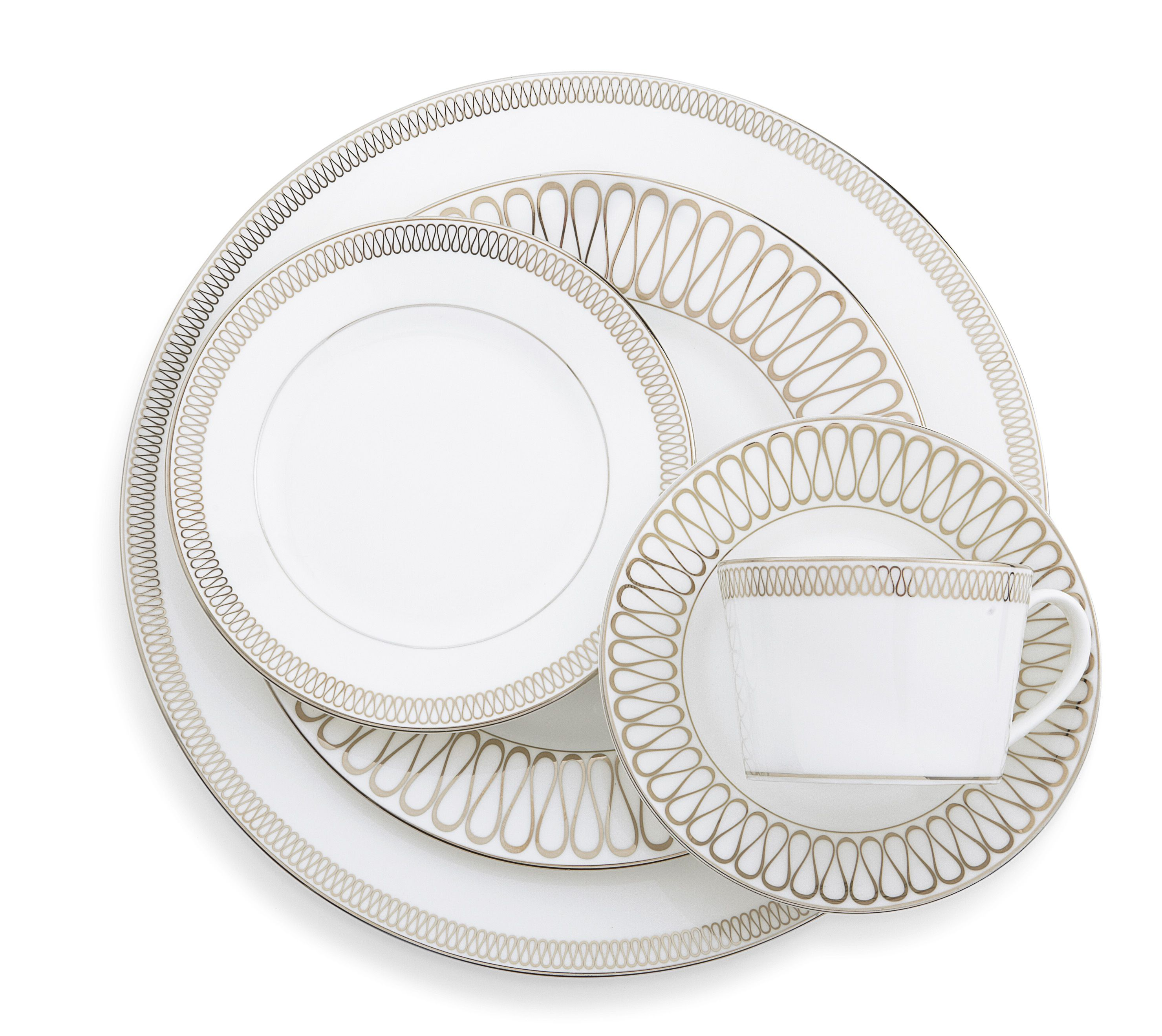 The @m_lhuillier Waterford Opulence dinnerware redefines classic bone china with a contemporary sparkle.