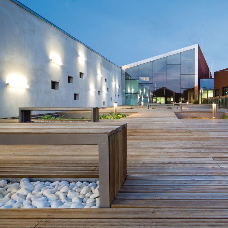 Centro de Treinamento Gennevilliers / Brenac + Gonzalez Atelier d'Architecture