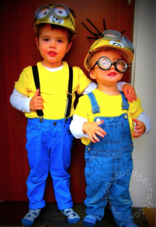 Easy cheap tutorial for a DIY Minion costume hard hats Gru logo goggles and crazy hair - great fancy dress outfit for a Halloween party.  sc 1 st  Pinterest & Pin by moda sweet colletion on ideas carnaval | Pinterest