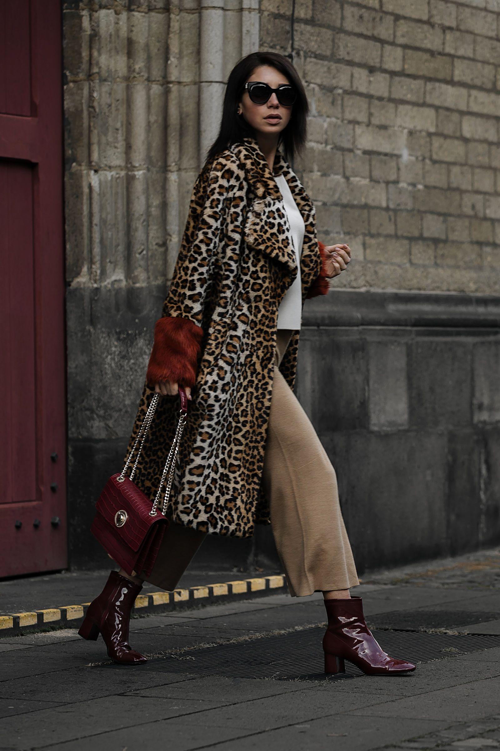 Fashion Blogger Jasmin Kessler, wearing a faux coat with leopard ...