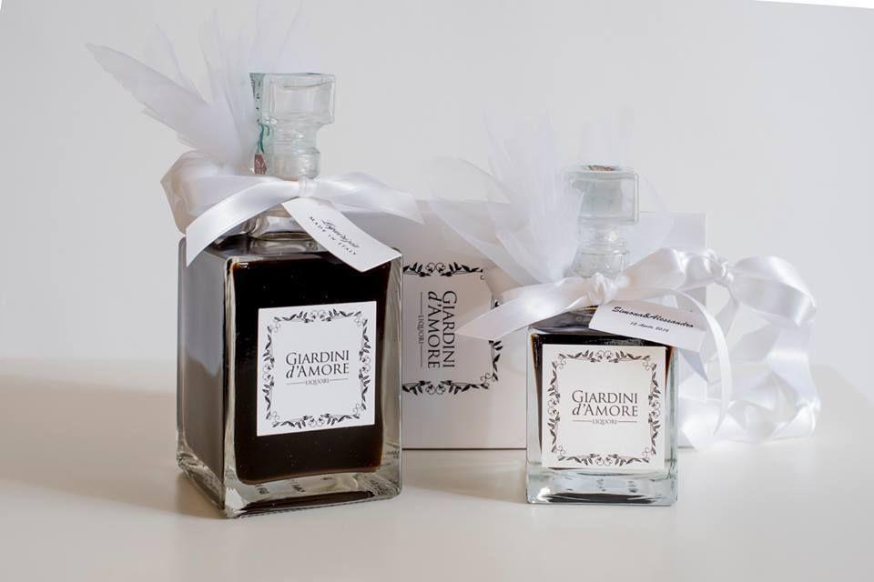 Bomboniere Matrimonio Liquore.Un Liquore Giardini D Amore La Bomboniera Perfetta Per Celebrare