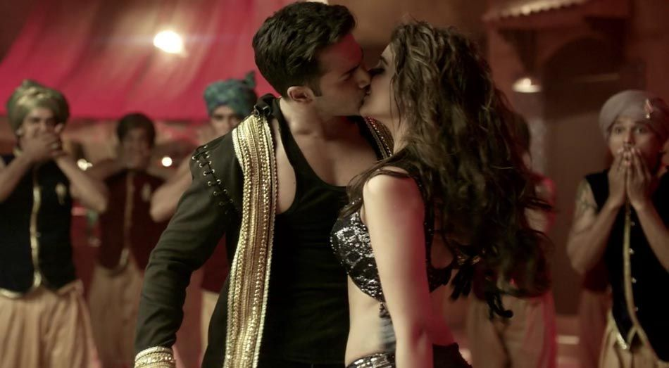 Ok Jaanu new still: Shraddha Kapoor and Aditya Roy Kapur