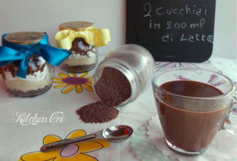 Preparato per cioccolata calda facile veloce e perfetto perchè personalizzabile a proprio gusto, mai più cioccolata al bar