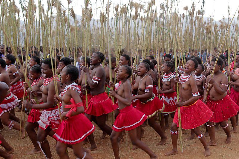 Umhlanga Reed Dance Festival Swaziland Met Afbeeldingen