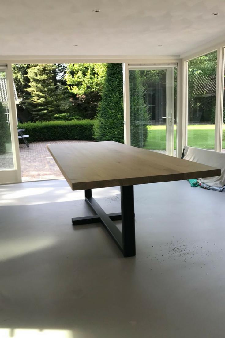 Moderne Eettafel Hout.Moderne Tafel Van Hout En Staal Happy Customers Table Du