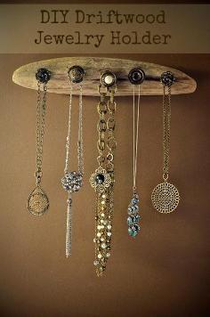DIY Tutorial Jewelry Holders DIY Driftwood Jewelry Display