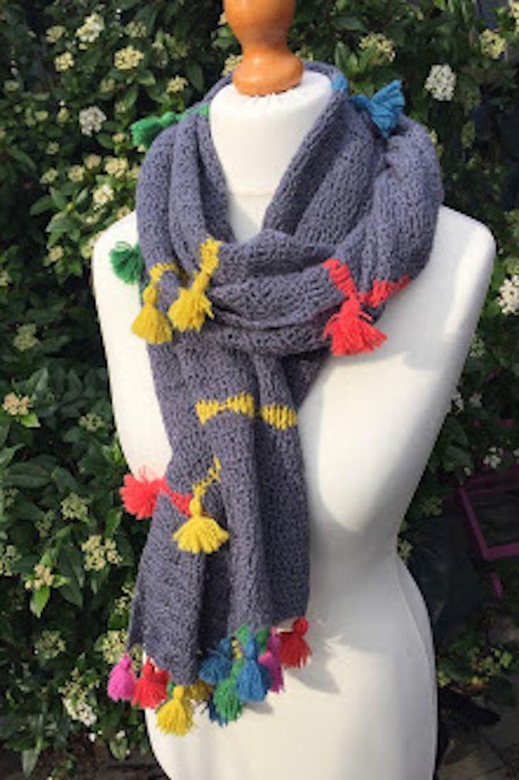 Tassel Scarf Free Crochet Pattern, #haken, gratis patroon (Engels), das, sjaal met kwastjes en kleurstrepen, #haakpatroon