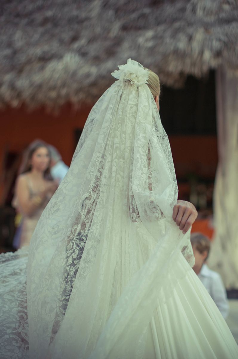 Wedding Dresses – Vogue