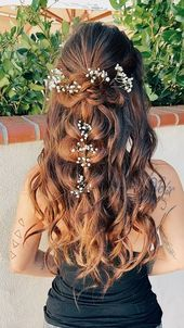Kaelyn Christine | bridal braids#fashionshoot #fashioninsta #fashiontrend #fashionworld #weddingband #weddingdiaries #weddingcard #weddingguest #weddingjakarta #nailsofig #nailblogger #housedesign #nailsdid