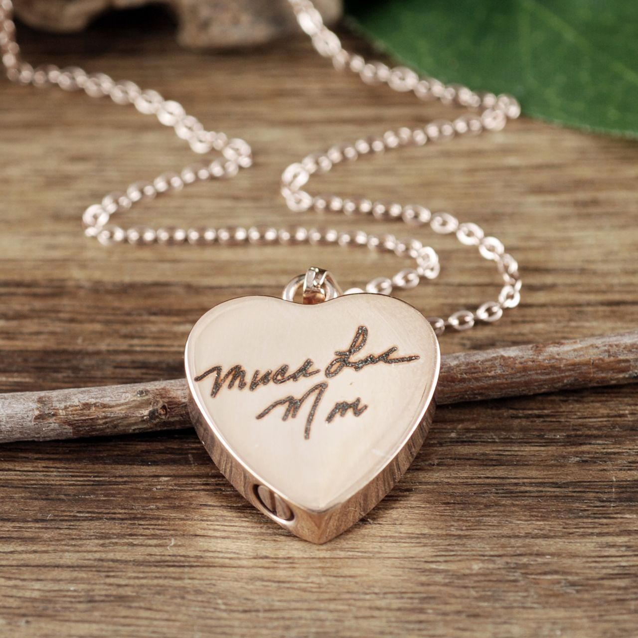 Gold Cremation Heart Necklace Cremation Jewelry Ash Jewelry Heart Cremation Pendant Urn Necklace For Ashes Cremation Necklace Memorial Gift In 2020 Personalized Monogram Necklace Ashes Jewelry Jewelry