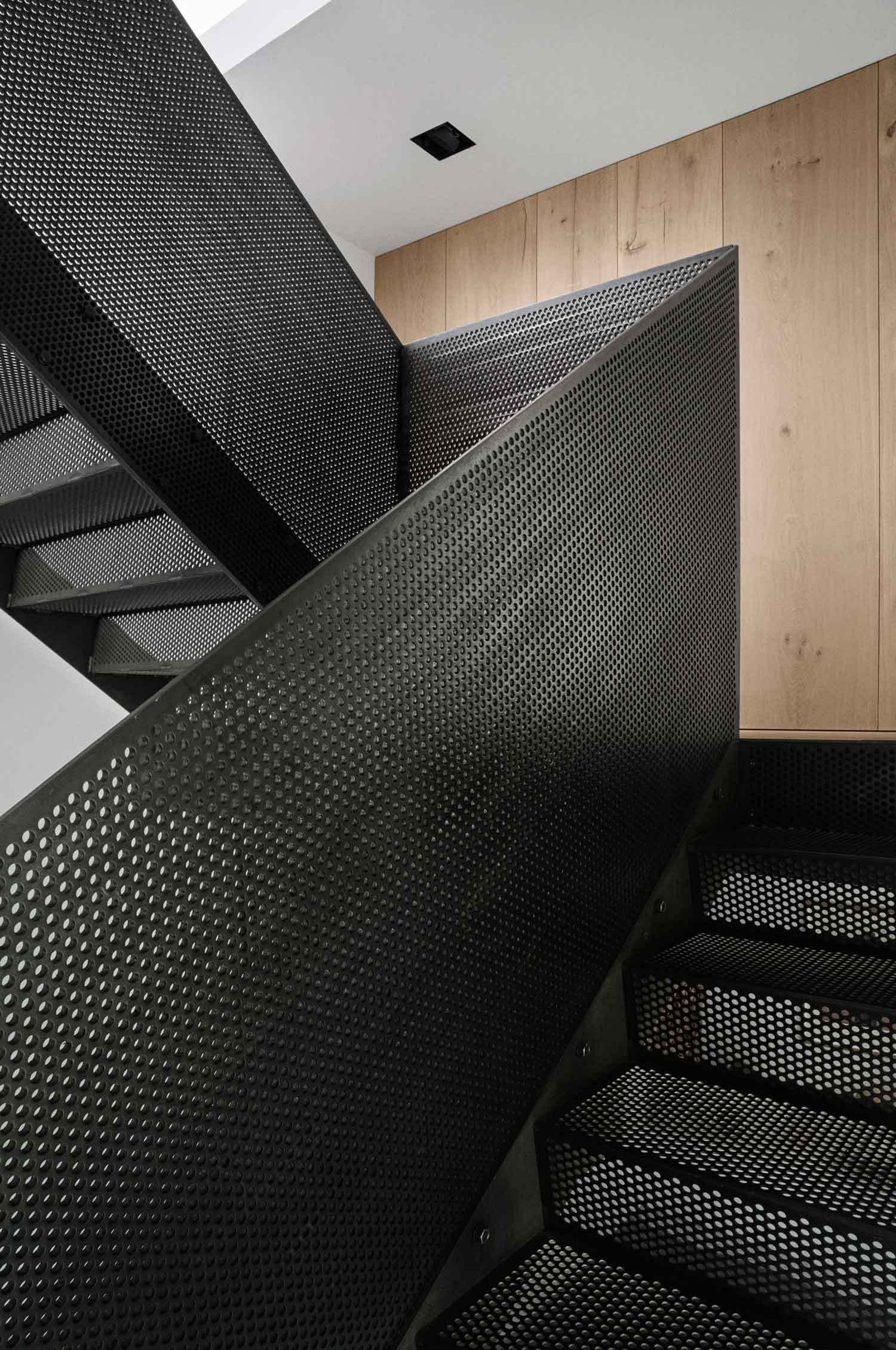 Best Perforated Black Steel Balustrade Stairs Design 400 x 300