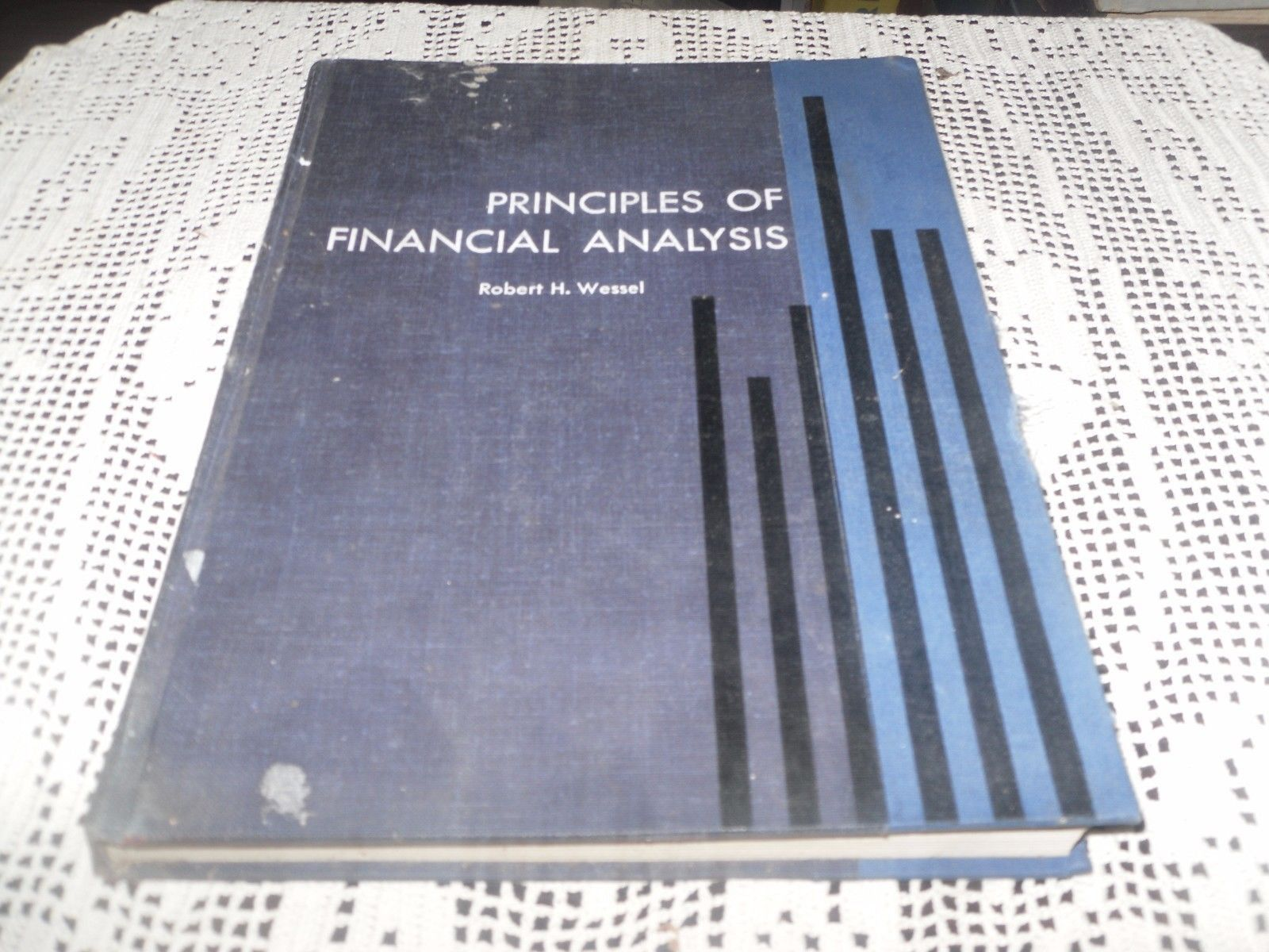 Financial Analysis Report Writing How to write a financial statement ...